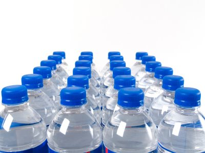 water-bottles-middle-east
