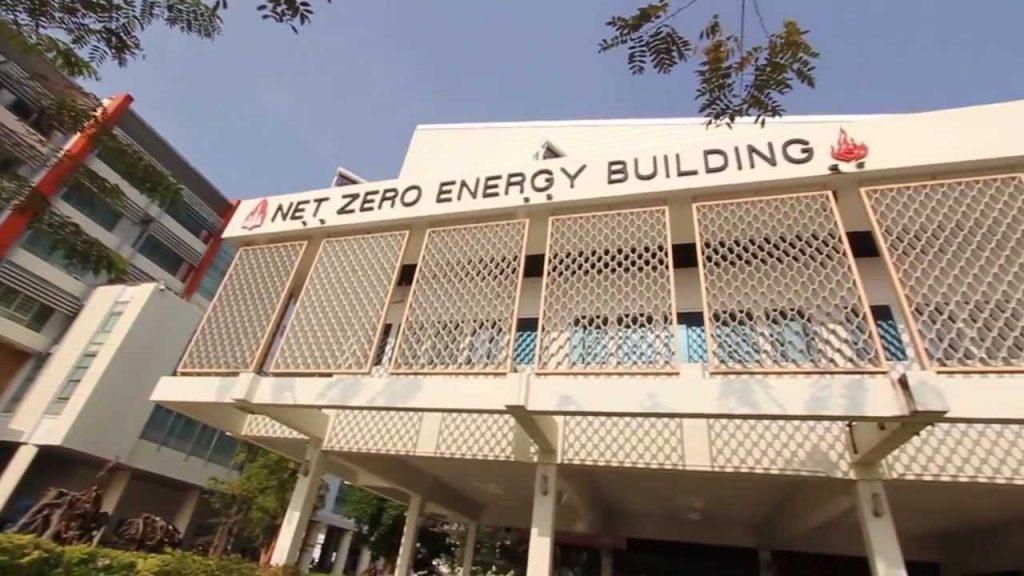 Top green building trends worldwide ecomena for Net zero energy house